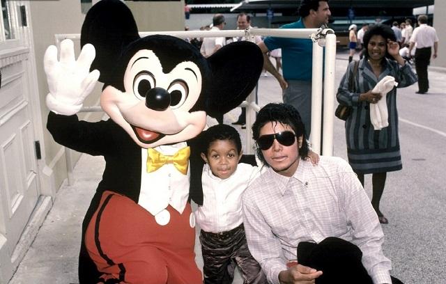 michael-jackson-mickey-mouse